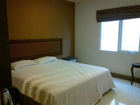 hotel olive   prices reviews tangerang