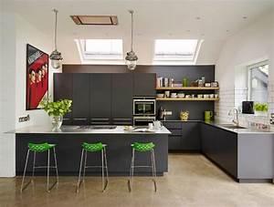 cuisine avec table integree deco maison moderne With idee deco cuisine avec table en pierre