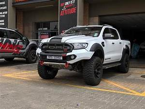 Ford 4x4 Ranger : ford ranger 2016 rhino 4x4 bumper ford ranger pinterest ford ranger ford and ford ranger ~ Maxctalentgroup.com Avis de Voitures