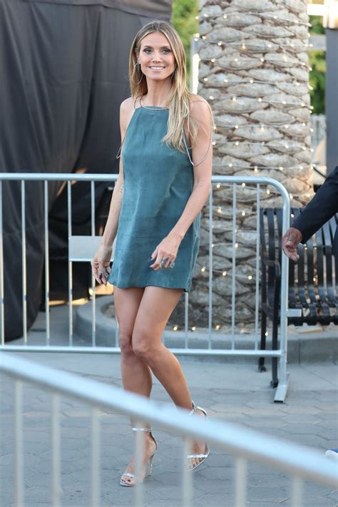 Heidi Klum Shows Off Her Long Legs Visiting Extra Today