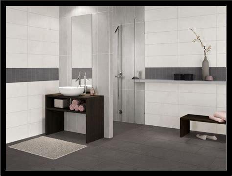 Badezimmer Fliesen Grau Modern