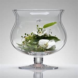 Deko Für Vasen : eine hervorragende dekorationsm glichkeit f r die glasvase globe von sandra rich ist eine ~ Indierocktalk.com Haus und Dekorationen