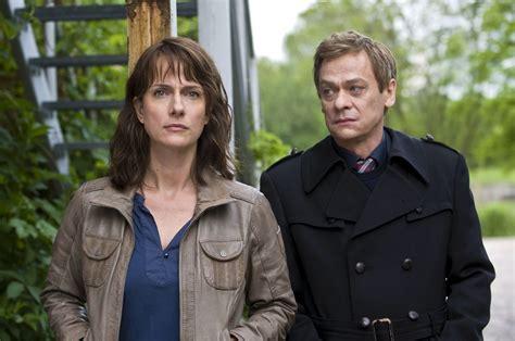 """Polizeiruf 110 ist eine deutschsprachige kriminalfilmreihe, die seit 1971 im deutschen fernsehfunk (dff; """"Polizeiruf 110: Der verlorene Sohn"""" heute Abend in der ARD › Stars on TV"""