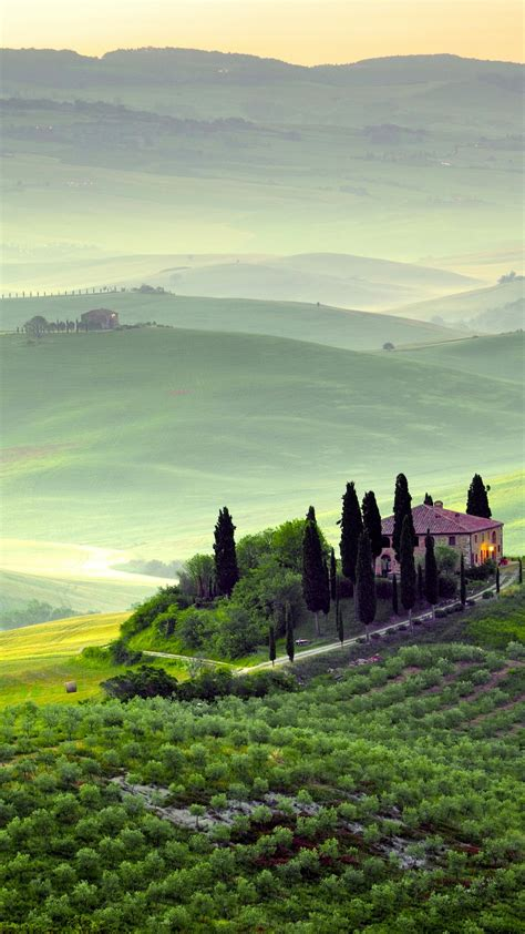 wallpaper tuscany  hd wallpaper italy hills meadows