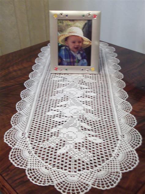 camino de mesa labores rosario