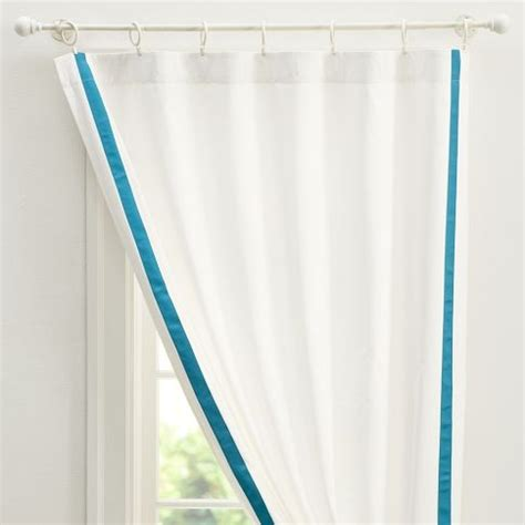 here s an exle of ribbon trimmed curtains windows