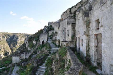 matera cave dwellings photo