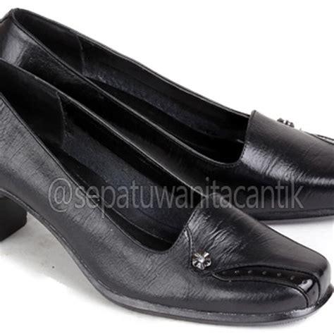 Sepatu Kerja Wanita Merk Everbest jual sepatu kerja wanita sepatu pantofel perempuan sepatu