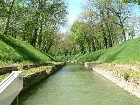 photo de d artagnan file canal de bourgogne 01 jpg wikimedia commons