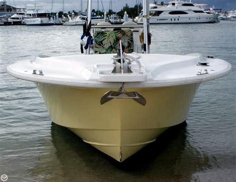 Seahawk Fishing Boat by 1985 Used Chris Craft 216 Sea Hawk Center Console Fishing