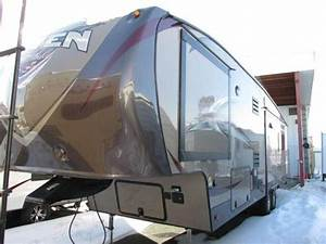 2014 Sunnybrook Raven 3300ck Fifth Wheel