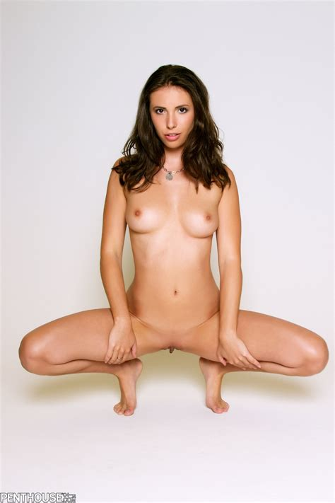 Beautiful brunette Casey Calvert posing naked in front of the camera - My Pornstar Book