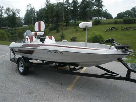 Bass Boats For Sale Tn by 1986 Skeeter F 80 Strada White Bluff Tn For Sale 37187