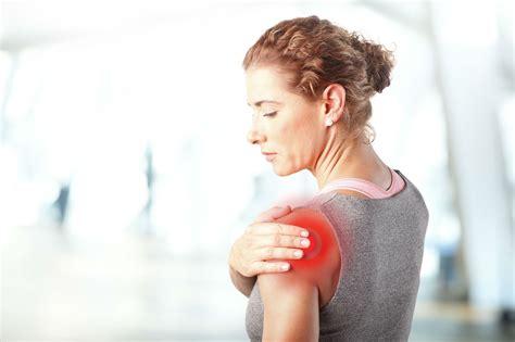 frozen shoulder   symptoms  treatments