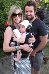 Rob McElhenney Photos Photos - Kaitlin Olson and Family at ...