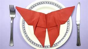 Pliage De Serviette Papillon : pliage de serviette en forme de papillon pour no l youtube ~ Melissatoandfro.com Idées de Décoration