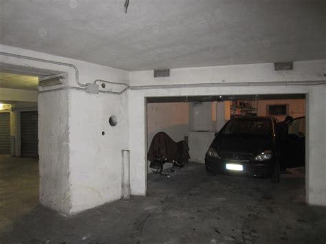 larghezza box auto larghezza minima basculante garage pannelli termoisolanti