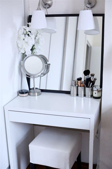 inspiring examples  makeup dressing tables  small