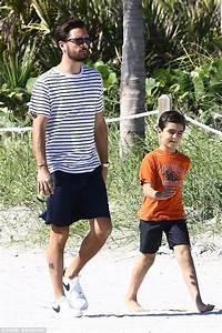 Scott and Mason Disick continue boys' holiday in Miami ...