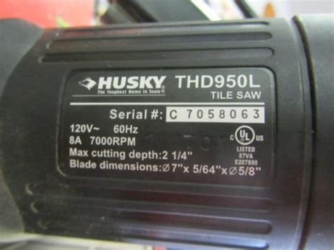 husky tile saw w blade stand model thd950l