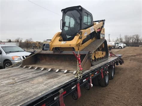 short haul skid steer shipping solution heavy haulers heavy equipment transport