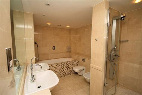 Badezimmer Fliesen Beige by 40 Beige Bathroom Tiles Ideas And Pictures