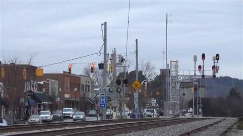 foto de NS: an Intermodal is passing thru Easley SC YouTube