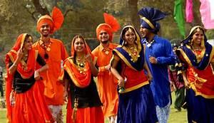 Punjabi-Dress - Apnitricity.com