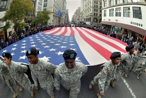 Parade Up Fifth Ave. Draws Honors The Brave