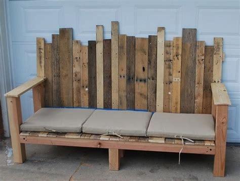 sitzkissen für paletten selber machen die sitzkissen werden die bank bequemer machen garten in