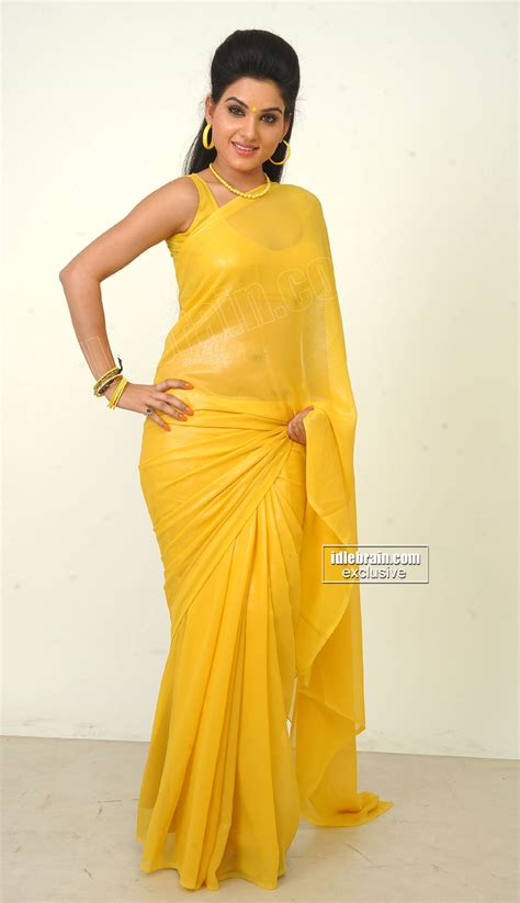 hips in saree page 1012 xossip