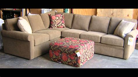 rowe furniture brentwood sectional sofa  barnett