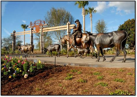 Brownwood Paddock Square Brings to Life the Way of the
