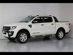 Ford Ranger 2013 : 2013 ford ranger wildtrak team hutchinson ford youtube ~ Medecine-chirurgie-esthetiques.com Avis de Voitures
