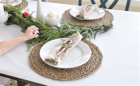 Holiday Table Setting Tutorial For Christmas Quick And Easy