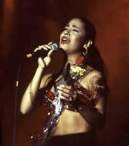 Selena Quintanilla Singing