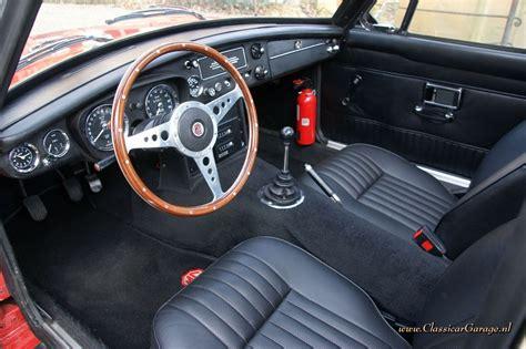 MGB GT, 1970 details