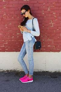 23 Women Outfit Ideas With Pink Shoes For This Season - Styleoholic