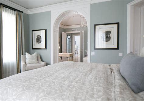 home with classic blue white interiors home bunch interior design ideas