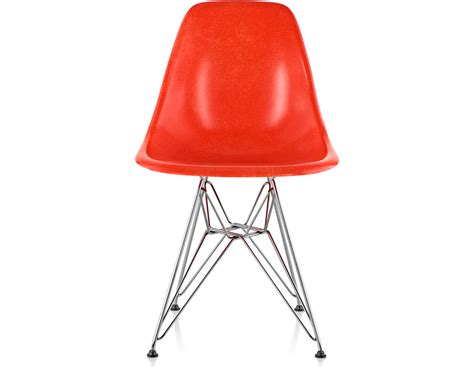 eames 174 molded fiberglass side chair with wire base