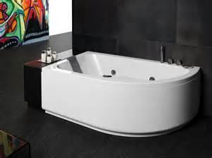 Vasca da bagno in acrilico arredo moderno