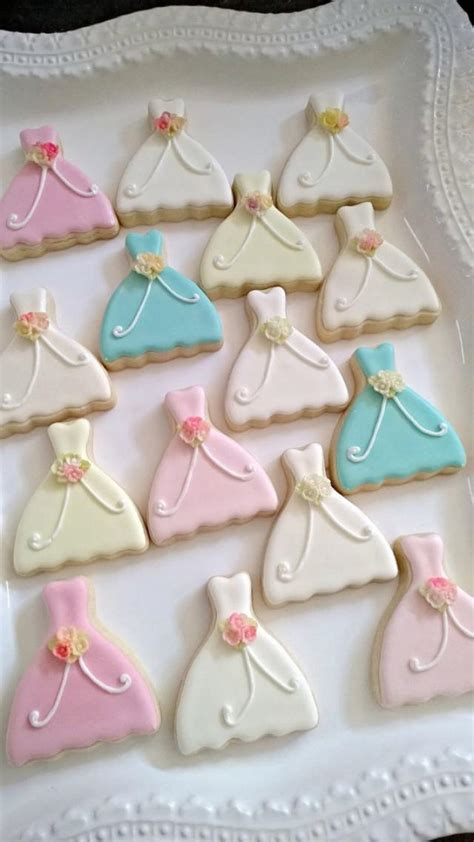 bridal shower cookie favors 24 sized dress cookie wedding favors 2253080