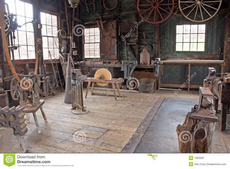 victorian carriage wheel shop stock image image