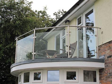 Rectangular And Circular Modern Fence Balcony Exterior
