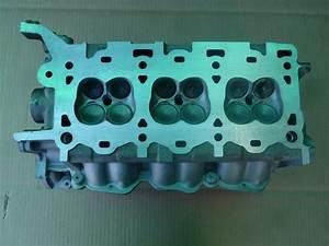 Ford Cylinder Head 3 Liter 1996