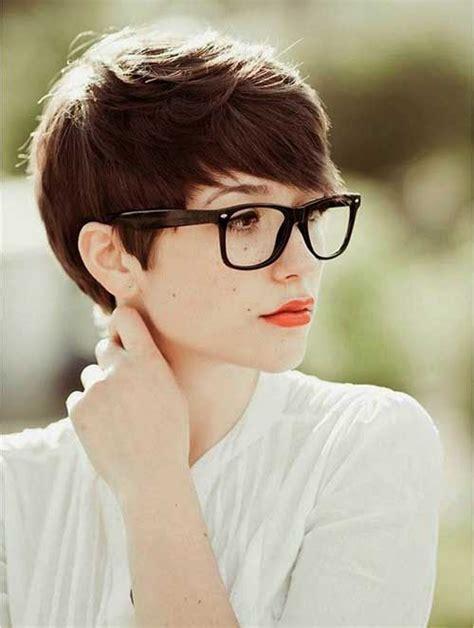 Best 25  Pixie cut for round faces ideas on Pinterest