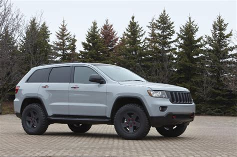 2011 jeep grand cherokee tires 2011 jeep grand cherokee off road the jeep blog