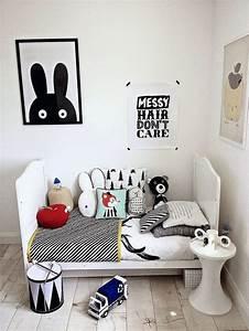 Chambre Enfant Blanc : affiches en noir et blanc pour une chambre d 39 enfant picslovin ~ Teatrodelosmanantiales.com Idées de Décoration