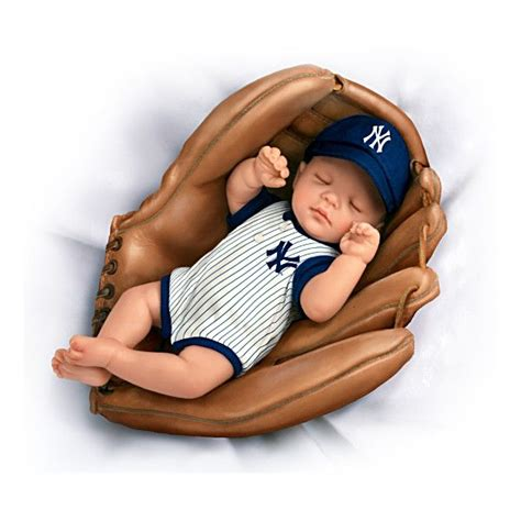 Ny Yankees Baby Born A Yankees Fan Baby Doll What A Doll