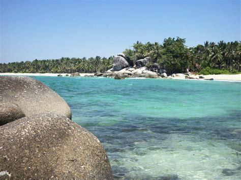 pantai siangau cantiknya panaroma bahari  bangka